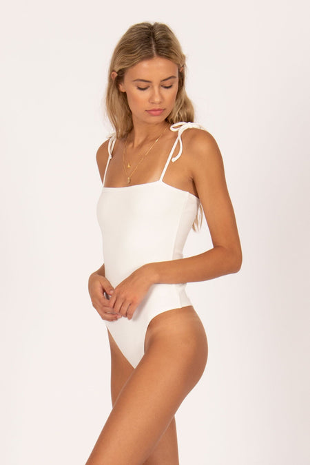 Kristy Bandeau Top by Amuse Society