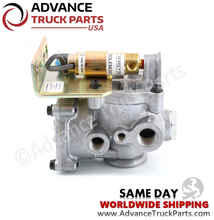 Load image into Gallery viewer, 5040-311-01 Freightliner Paccar Lift Axle Control Valve with Solenoid