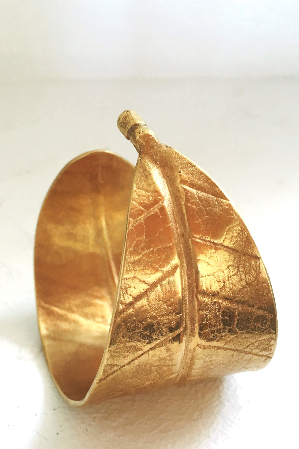 The Leaf Cuff - Gold