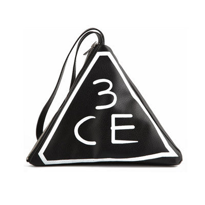 [3CE] TRIANGLE POUCH