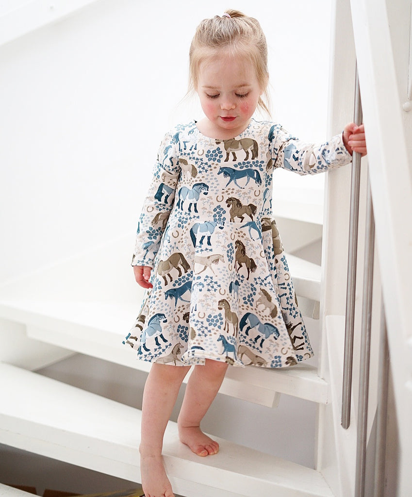 Symönster The Ida Jersey Dress for kids - English