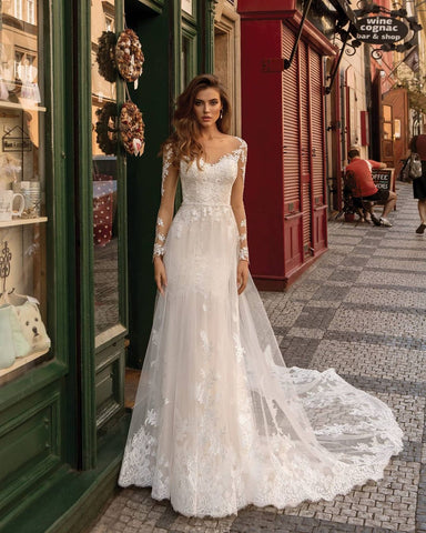 Lace Ivory Wedding Dresses