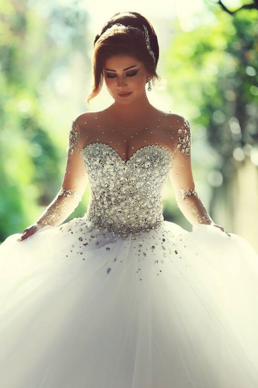 Gorgeous Crystals Tulle Vintage Ball Gown Wedding Dress Long Sleeves