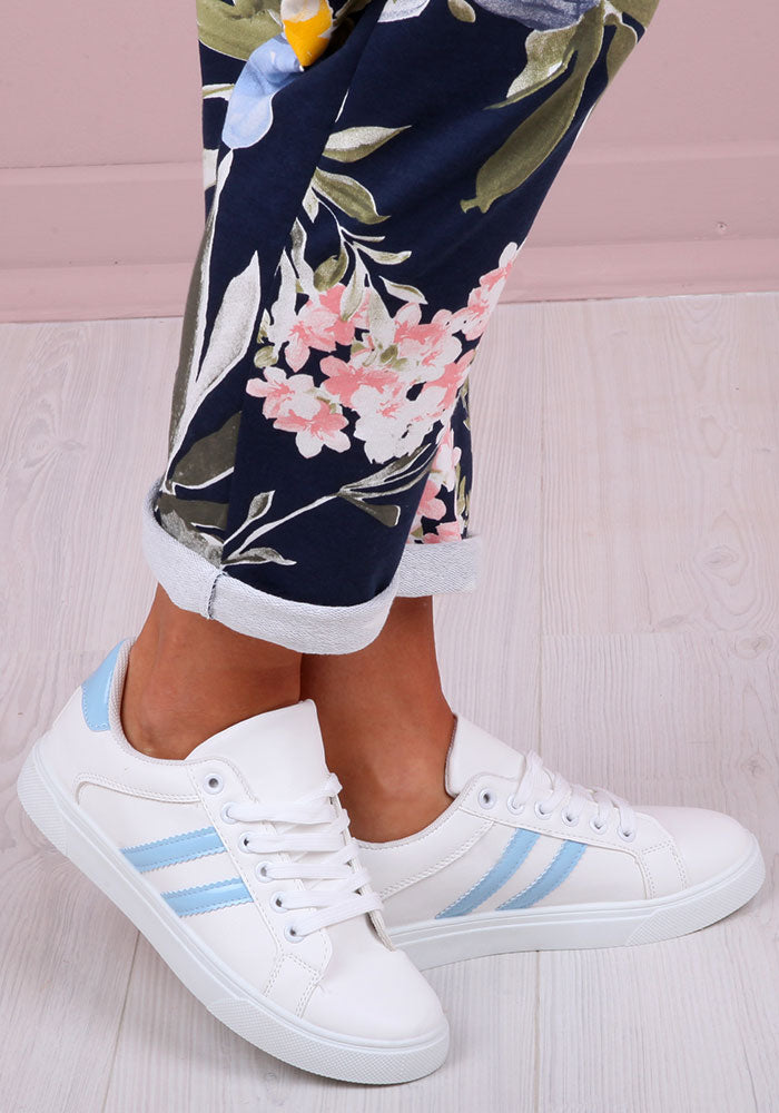 Luna Stripe Trainers in Blue