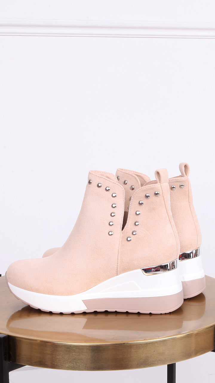 Taylor Stud Wedge Boot in Nude