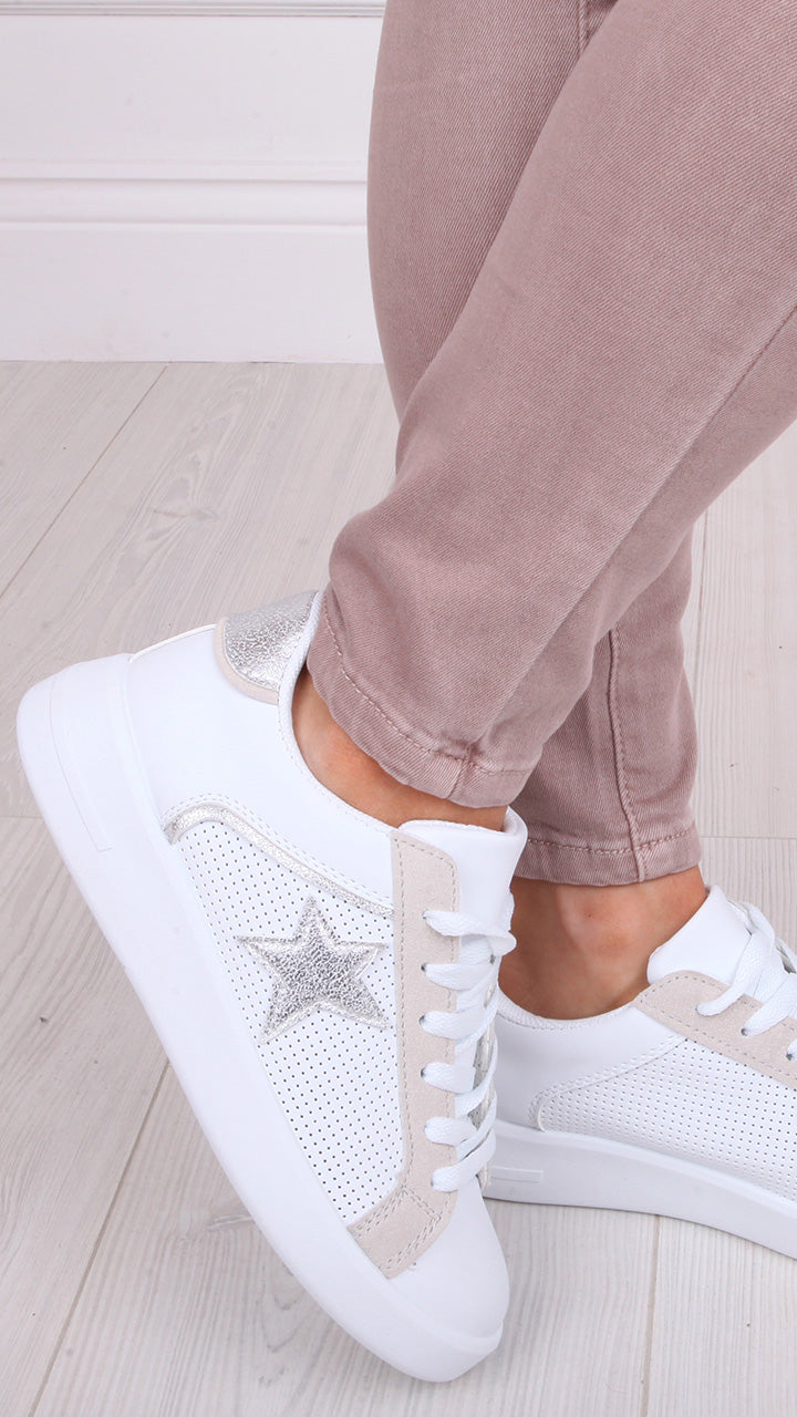 Anya Star Trainers in Silver