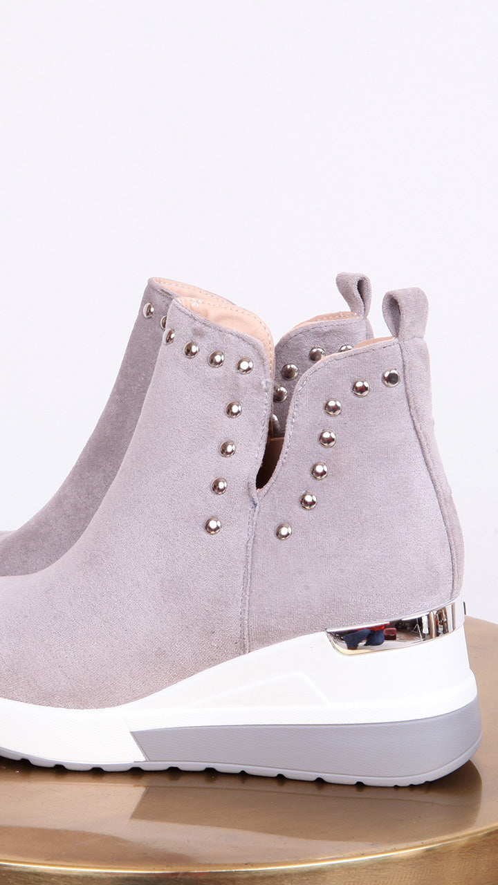 Taylor Stud Wedge Boot in Grey