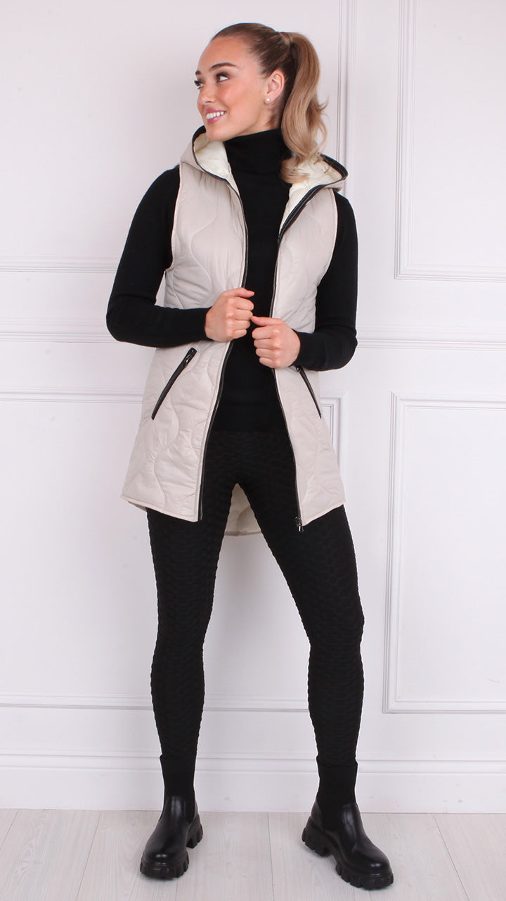 Judy Diamond Stitch Gilet in Oatmeal