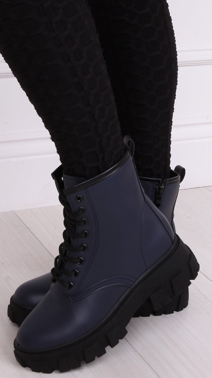 Nikki Fleece Lined lace Up Boots in Navy