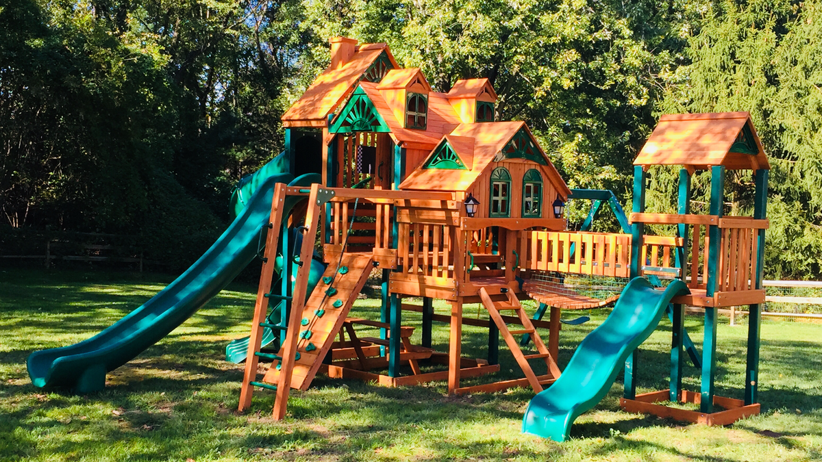 Gorilla Playsets Empire Extreme Swing Set Assembled