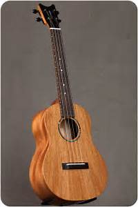 Grand Tenor Ukulele