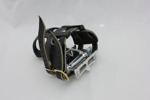 Black double toe clip straps (pedals and clips not included)