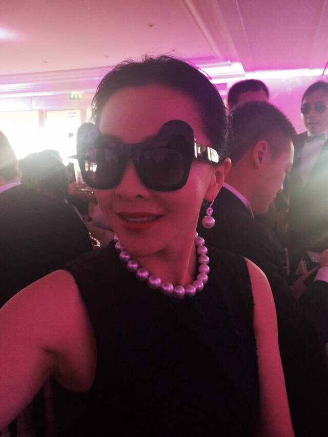 Actress Carina Lau 劉嘉玲 wears REVE by RENE 9 Lives sunglasses