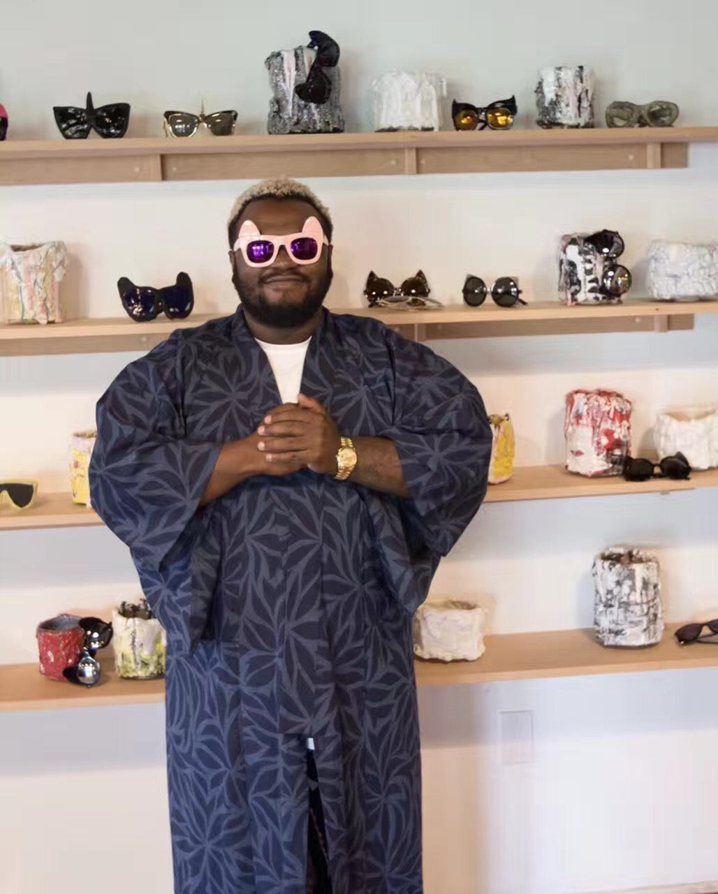 American singer songwriter James Fauntleroy wears  REVÉ by RENÉ Make Me Meow Bon Bon Pink Sunglasses.