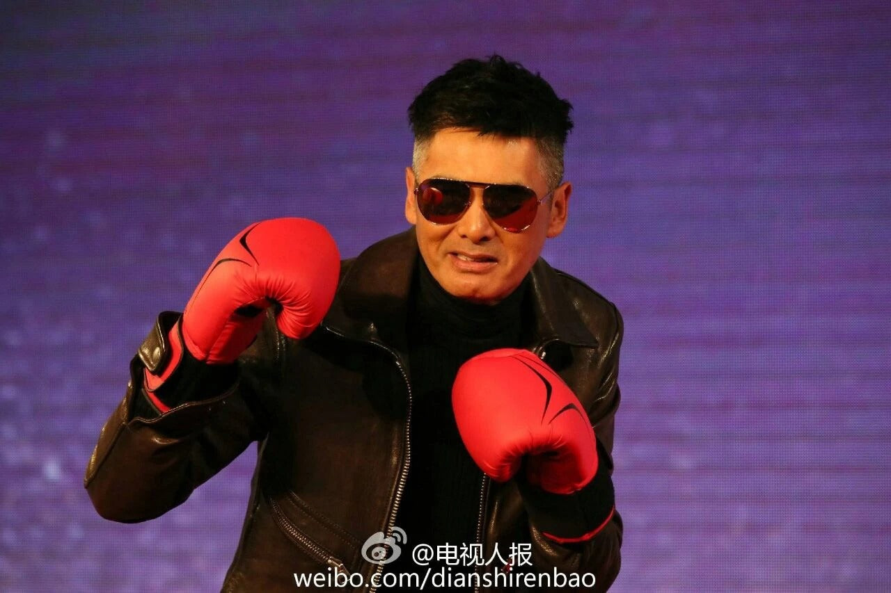 周潤發 Chow Yun Fat wears REVE by RENE Wish You Were Here Aviator Sunglasses