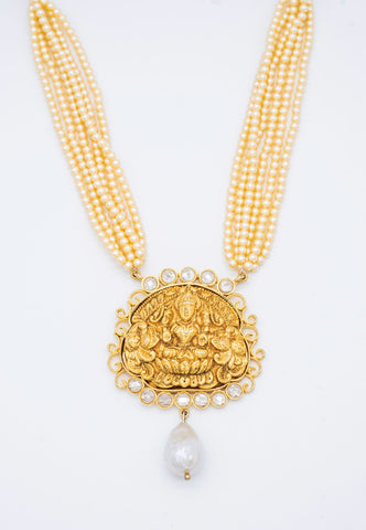 GOLD HANDCARVED PENDANT WITH PEARL STRANDS