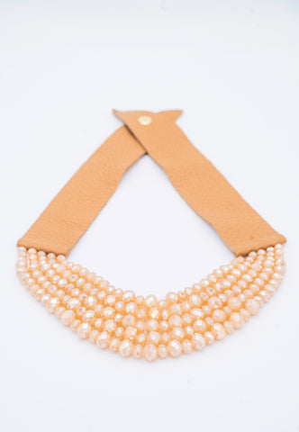 ELEGANT BEADED AND SUEDE NECKLACE