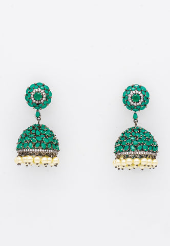 SIMULATED EMERALD AND PEARL JHUMKA STYLE EARRINGS