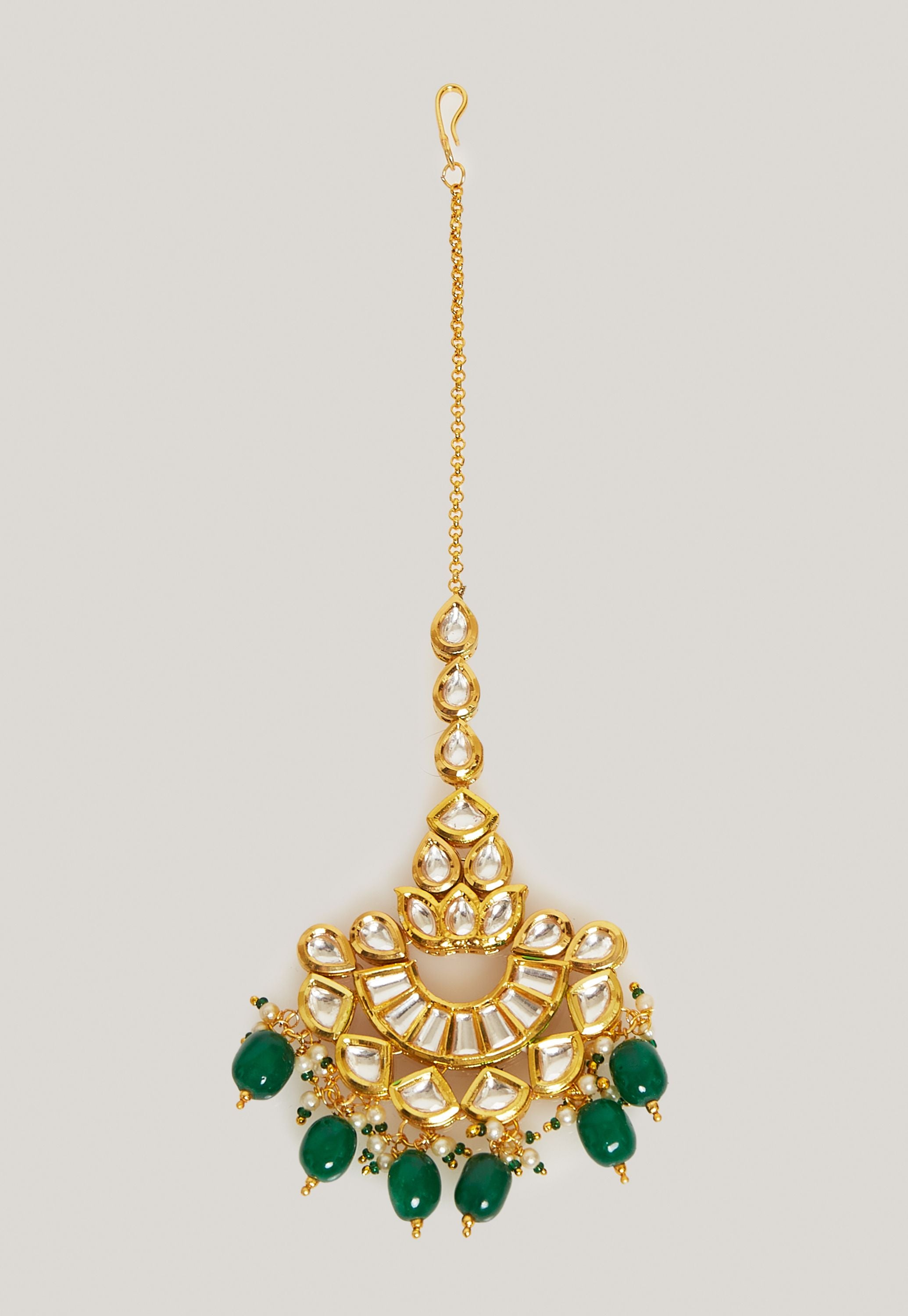 GOLD PLATED KUNDAN AND EMERALD GREEN STONES MAANG TIKKA