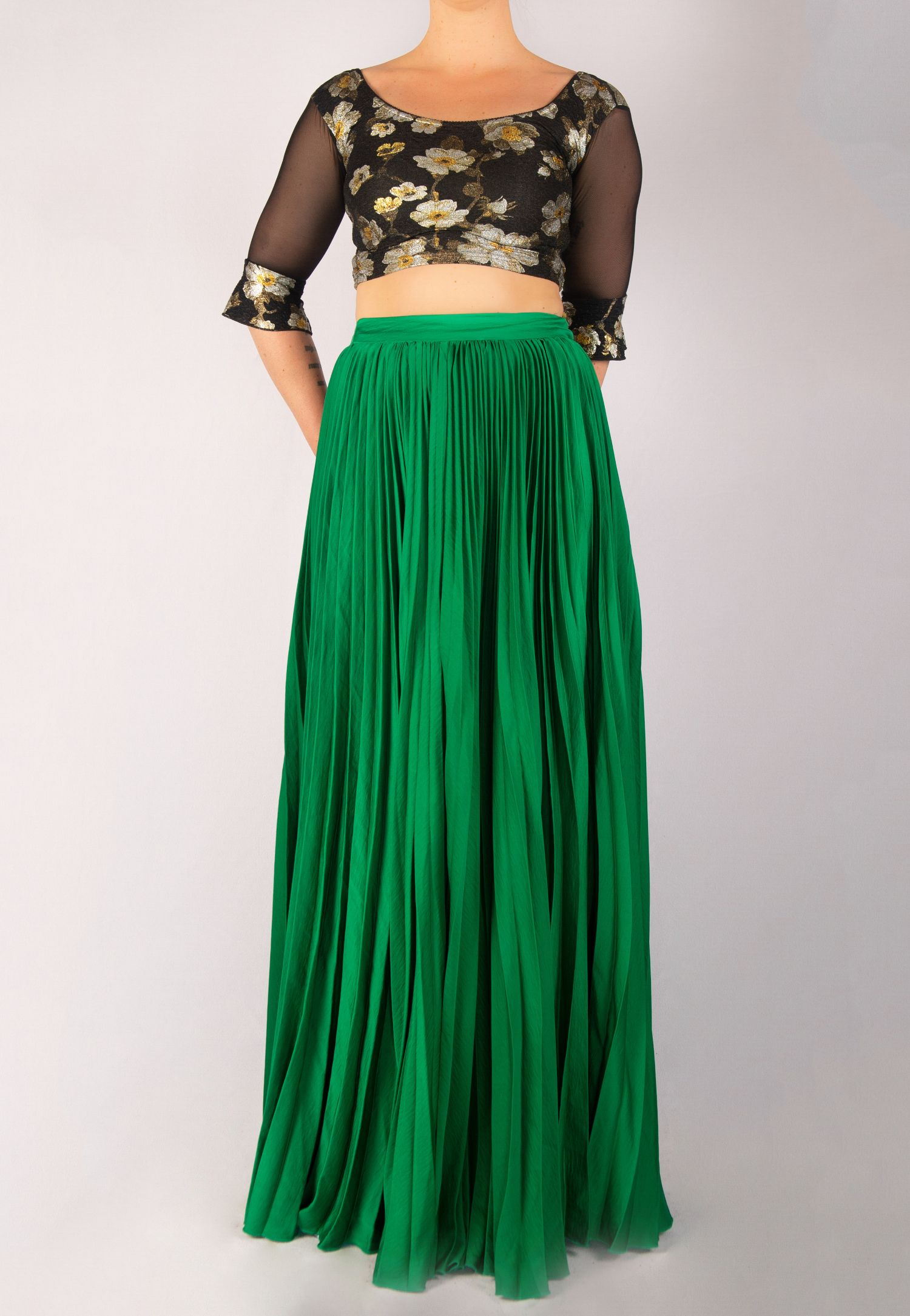 EMERALD GREEN SKIRT AND BLACK TOP SET