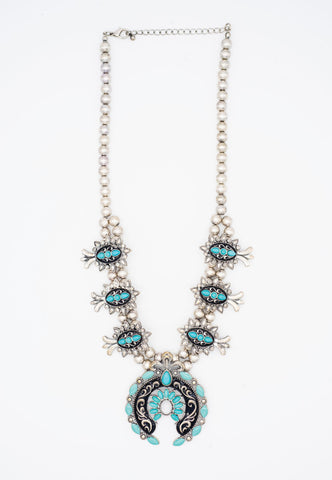SILVER HANDCARVED NECKLACE WITH TURQUOISE STONES