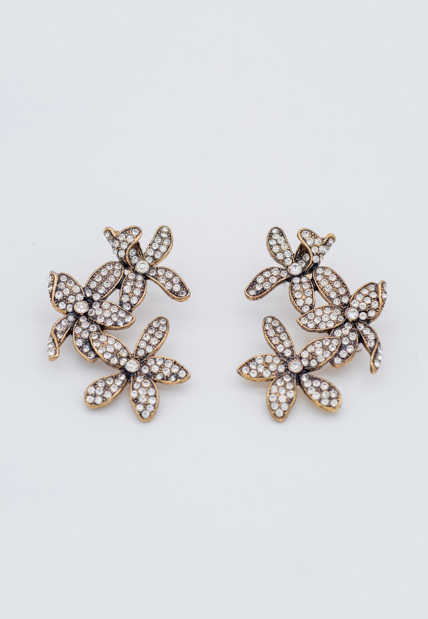 RHINESTONE STUDDED FLORAL EARRINGS