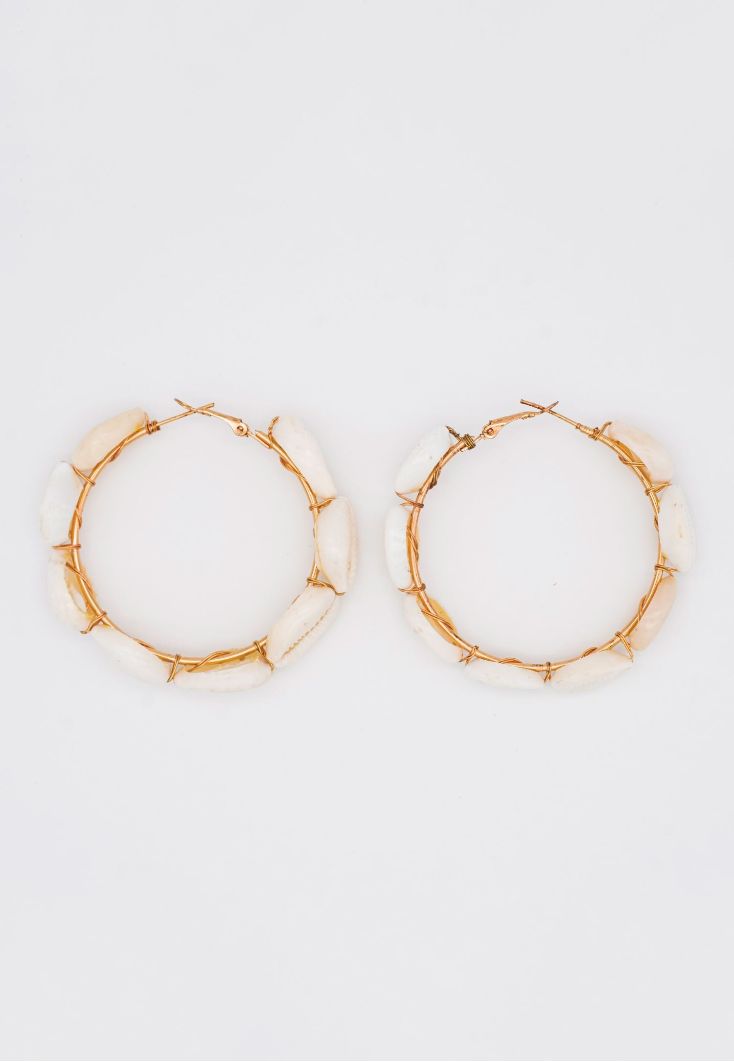 SEA SHELL HOOPS WITH CONCH SHELLS