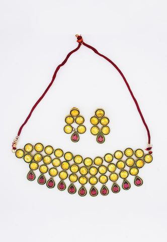 ANTIQUE KUNDAN NECKLACE WITH MATCHING EARRINGS