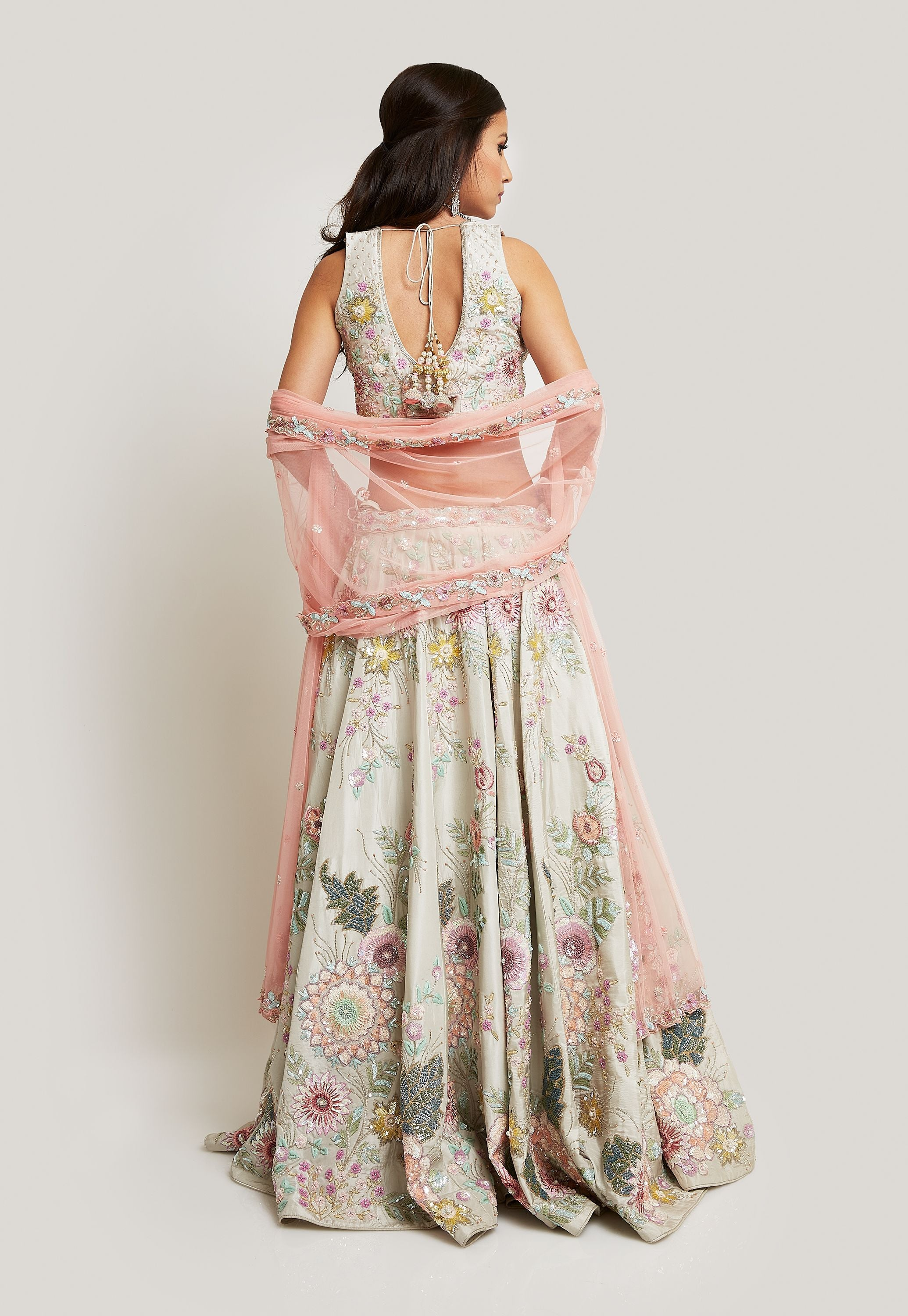 ORNATE BRIDAL LEHENGA DETAILED WITH INTRCATE FLORAL EMBROIDERY