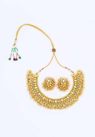GOLD AND RICE PEARLS NECKLACE SET