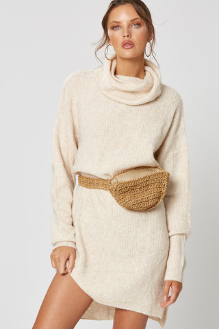 ALPINE LACE UP KNIT