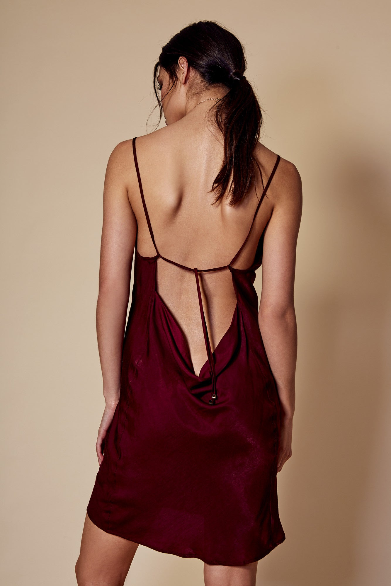 CLAUDIE BACKLESS DRESS WINE