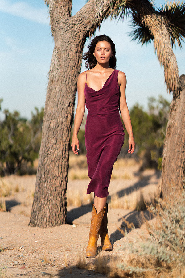NEVADA ASYMMETRICAL DRESS WINE