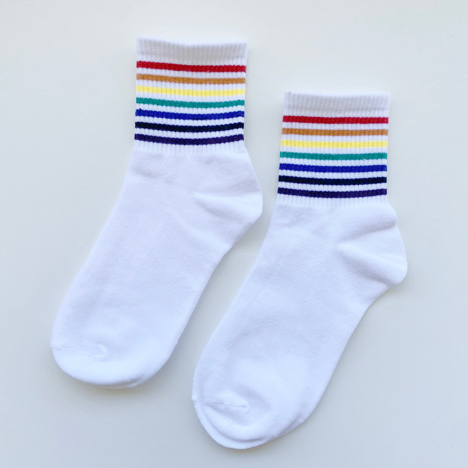 Rainbow Stripe Short Socks (White)
