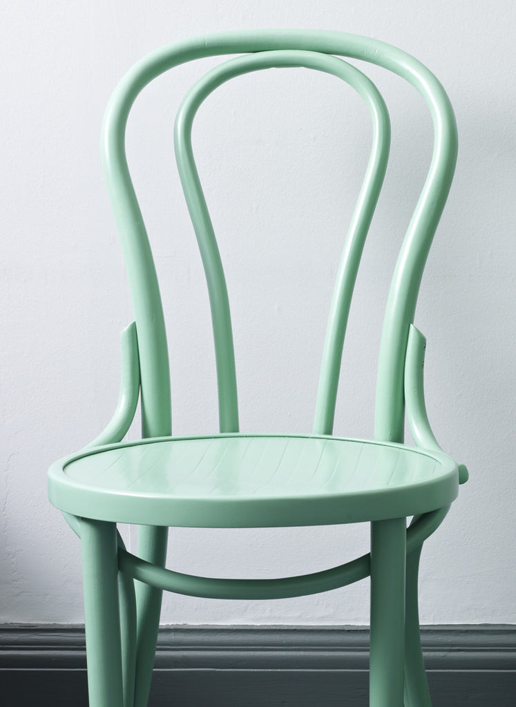 Bentwood chair - Arsenic