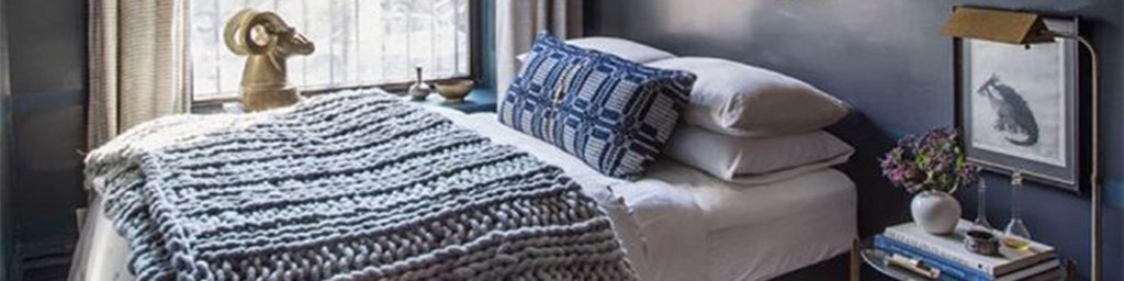 HOW TO MAKE A SMALL BEDROOM LUXE