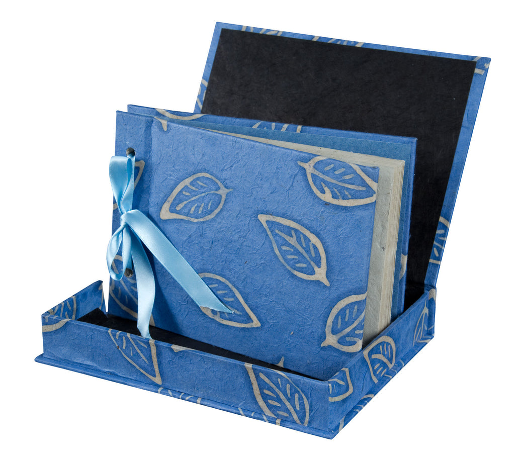 Boxed Photo Album - Batik Leaf - Photo Albums - Anglesey Paper Company  - 2