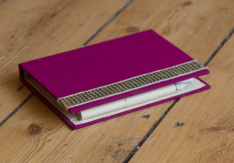 Memo Pad Plum with Pen