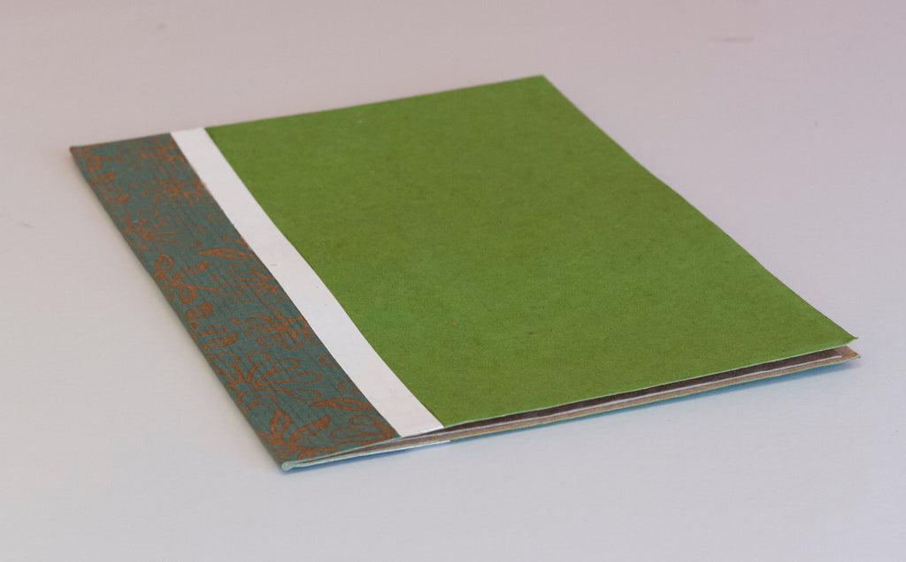 A4 Flat File with Pouch - Green