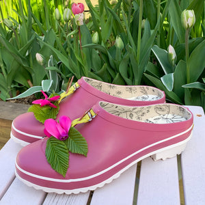 clog in pink with flower