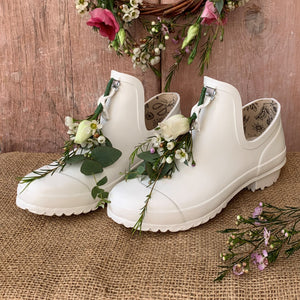 ankle welly in white with bridal flowers