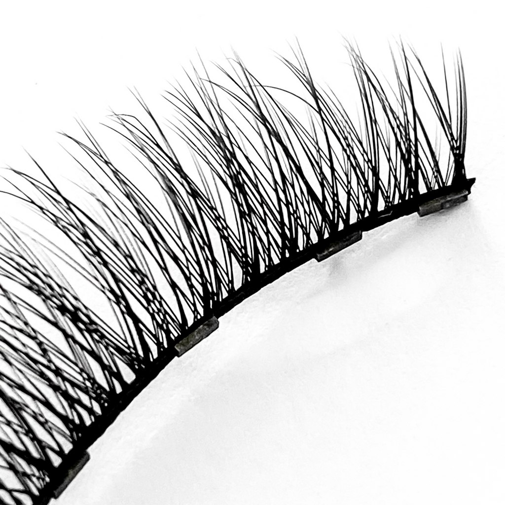 Magentic Eyelashes Australia - 6 Magnets