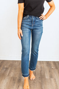 Style A / Raw Hem Crop Medium Denim