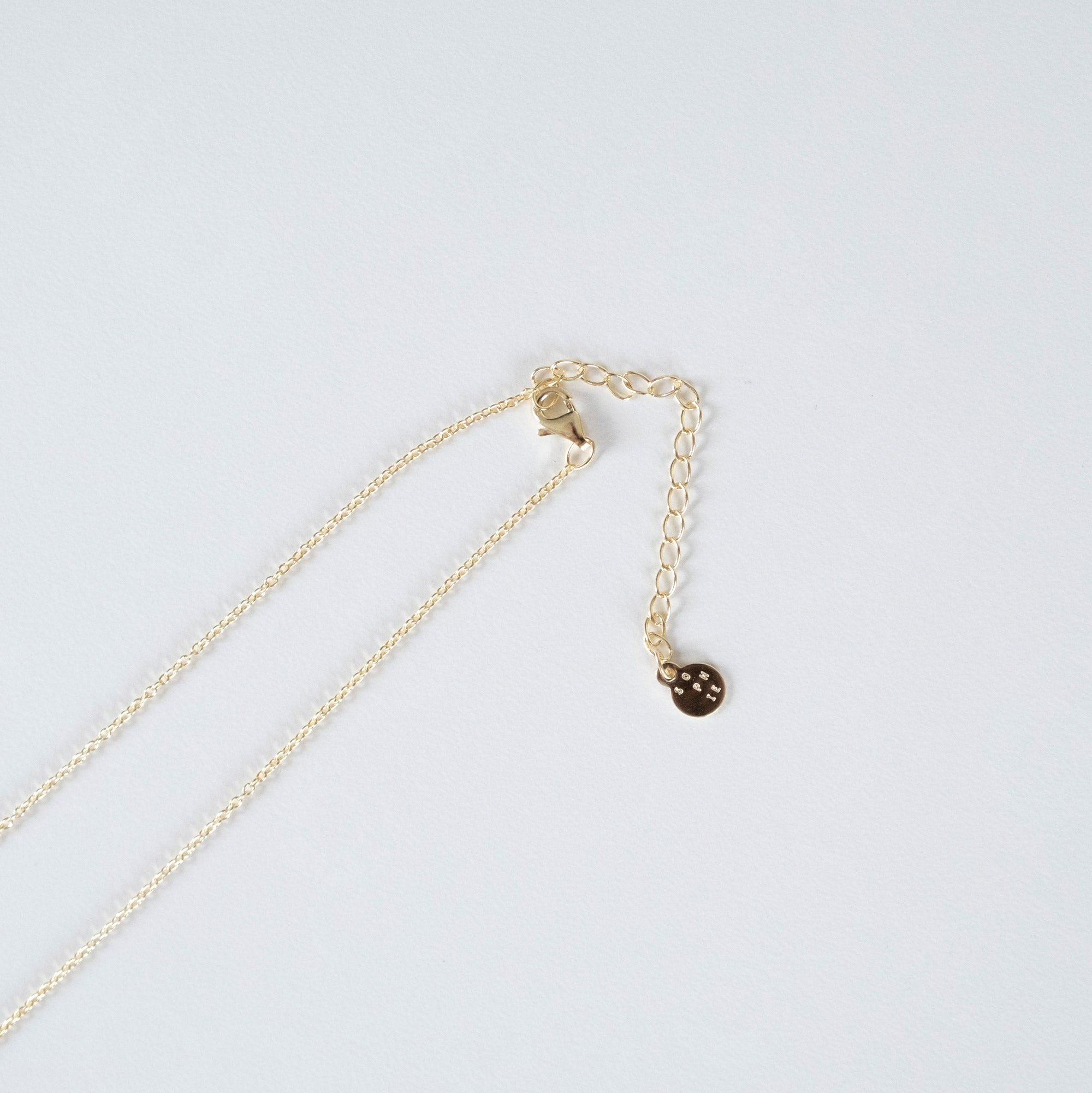 Sophie - Mini Bar Necklace - Gold