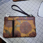 Dahlia Cork, Zippy Clutch