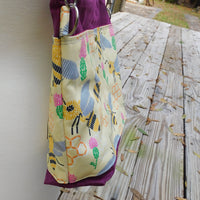 Bee's & Thistles, large Hillside Tote