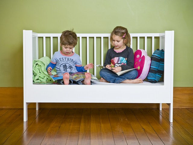 Aspiring Cot Toddler Bed Conversion White