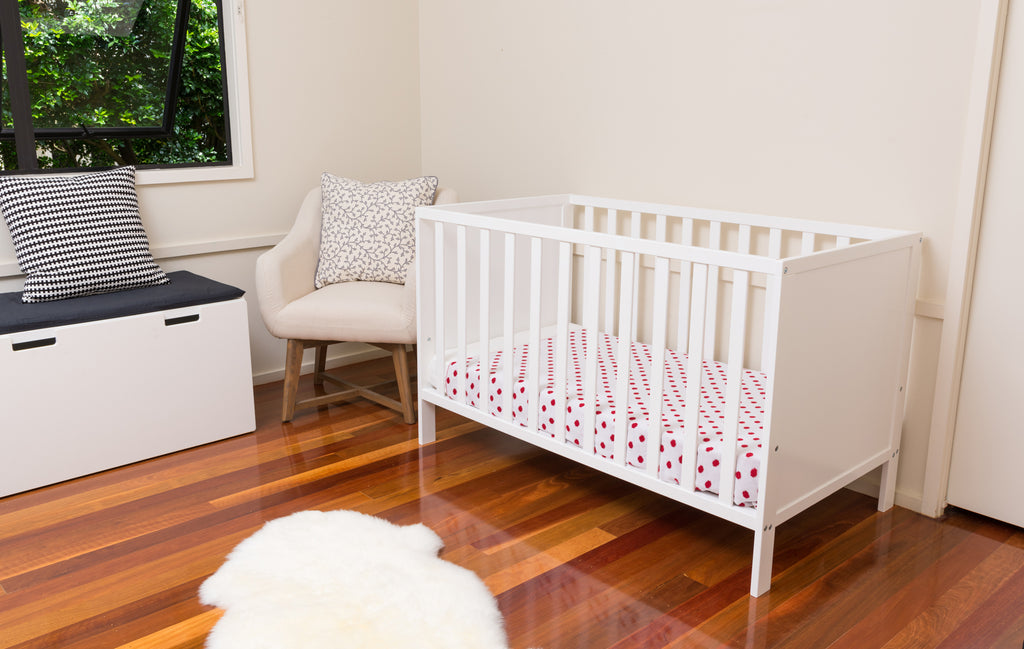 Kyogle Cot in white