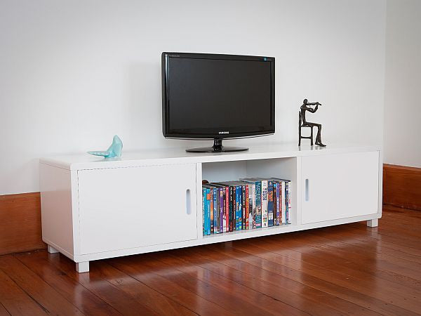 Mocka TV Unit - White doors