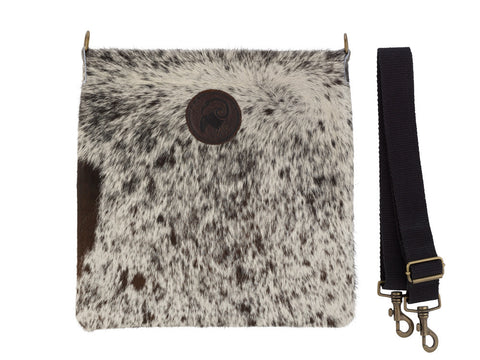 Messenger Bag in Cowhide